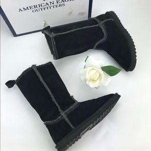 AEO Black Vegan Suede Boots Sz 7